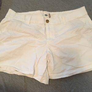 Perfect white shorts